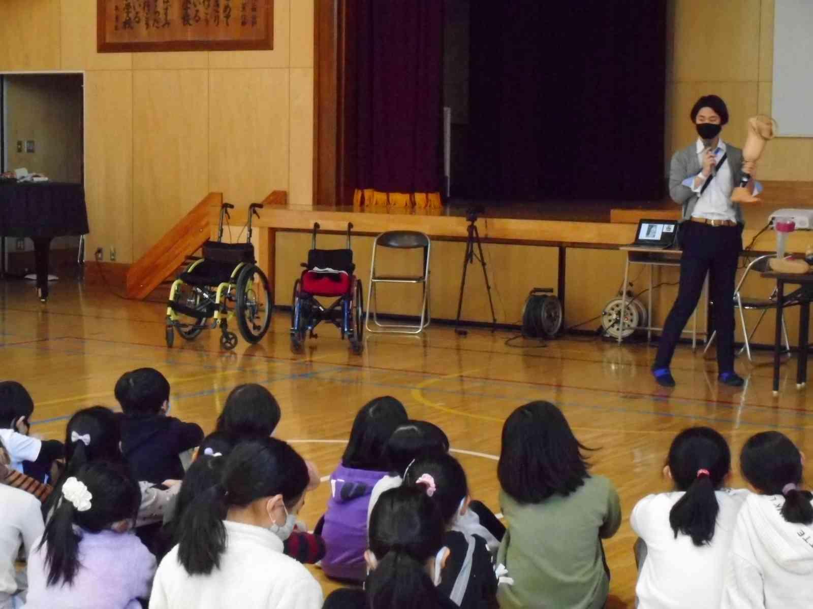 201216 3年川村義肢②.JPG